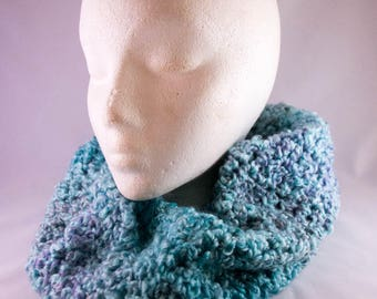 Super Soft & Fluffy Teal Crocheted Cowl