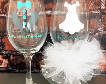Custom Bride Groom Wine Glasses Bridal Glasses bachelorette Party Glasses bridal Shower Glass Bride Glass Bridal Set of 2 Glasses