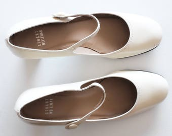 vintage stuart weitzman vanilla white patent leather mary jane pumps size 8.5