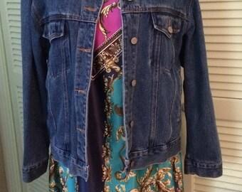 Bill Blass jean  jacket, blue denim, M, chest pockets, Back to School