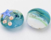 NEW GORGEOUS Handcrafted Glass Beads in a Pretty Ocean Starfish Design 20 x 10 MM (4)  (SFD005)