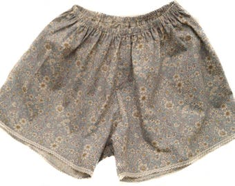Boho shorts made from cotton and lace