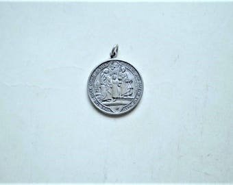 Holy Family - Vintage Medal or Pendant - Metal - Round - Jesus Mary Joseph - Fiat Voluntas Tua - Catholic Charm