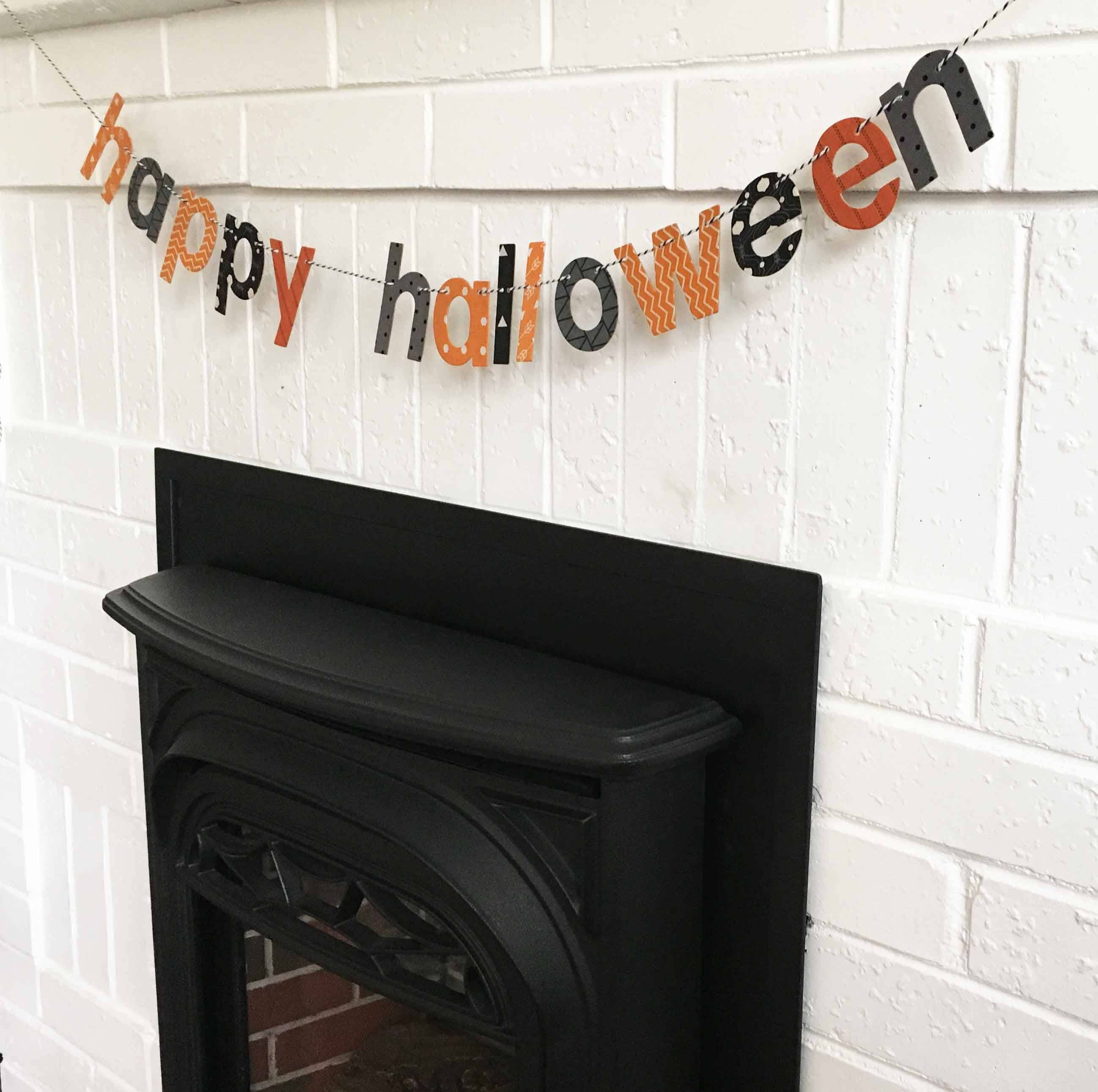 Halloween banner ~ Happy Halloween ~ Halloween Decor ~ Mantle Decor ~ Halloween Mantle Decor ~ Table Decor ~ Cute Halloween Decorations