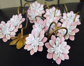Vintage Metal Pink and White Flower Shower Curtain Hooks 12