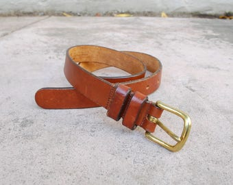 Vtg Womens sz 28 Small Medium Coach Belt New York Vegetable Tanned Bridle Leather Boho Hippie High Waisted Classic Hipster Brown Rustic Belt
