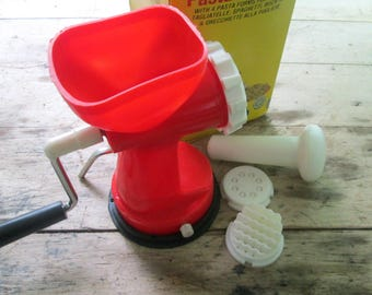 1984 Pasta Machine // Mini Plastic Table Macaroni Maker Made in Hong Kong