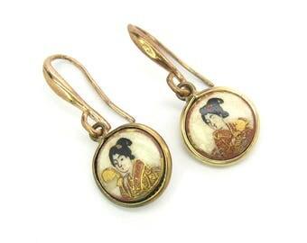 Japanese Satsuma Earrings. Hand Painted Geishas, Kimonos. Crackle Glaze Earthenware Dangles. Rolled Gold Pierced Hooks. Antique 1910s Asian