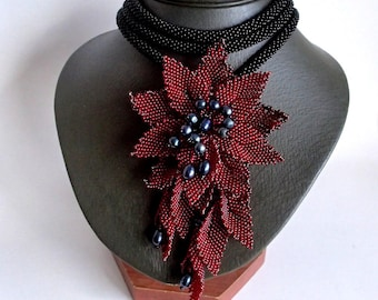 Red Flower Necklace, Black Beaded Lariat, Long Lariat Rope Necklace, Crochet Lariat, Unique Necklace, Beadwork Necklace