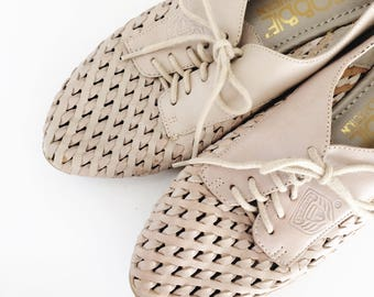 Vintage Woven Oxfords // Putty Leather Lace Up Loafers //  Size 7