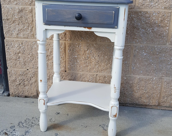 PICK UP ONLY Vintage Farmhouse Shabby rustic chic table, country bedroom, night stand, bedside table, french country, cottage