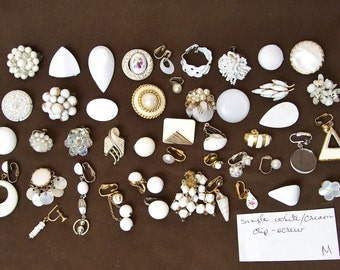 "46 pc SINGLE EARRING LOT White/Cream Clip Screw 1/4""-2 1/4"" Cluster Dangle Signed Wear Craft Mixed Media Orphan Salvage Harvest Destash .M"