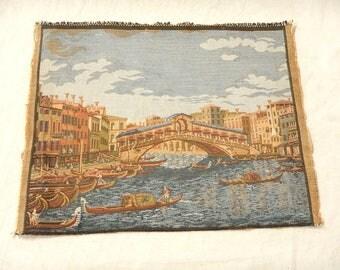 "Vintage Finely Woven Tapestry Venice Italy Rialto Bridge-Canals-Gondolas-Architecture 8 3/4"" X 11"""