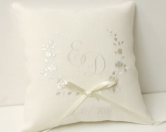 Ivory Ring pillow Floral ring pillow Personalized wedding ring pillow Monogram ring pillow Romantic wedding Rose pillow Embroidered pillow