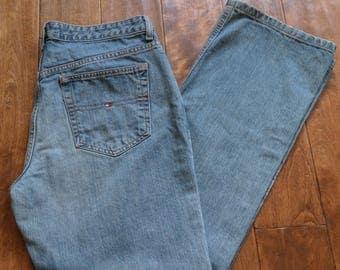 Vintage Tommy Hilfiger Jeans / 100% Cotton Light Wash Faded Denim / Mom Boyfriend Straight Wide Leg / 1990s 12 L 35W Boho Indie Bleach Y2K