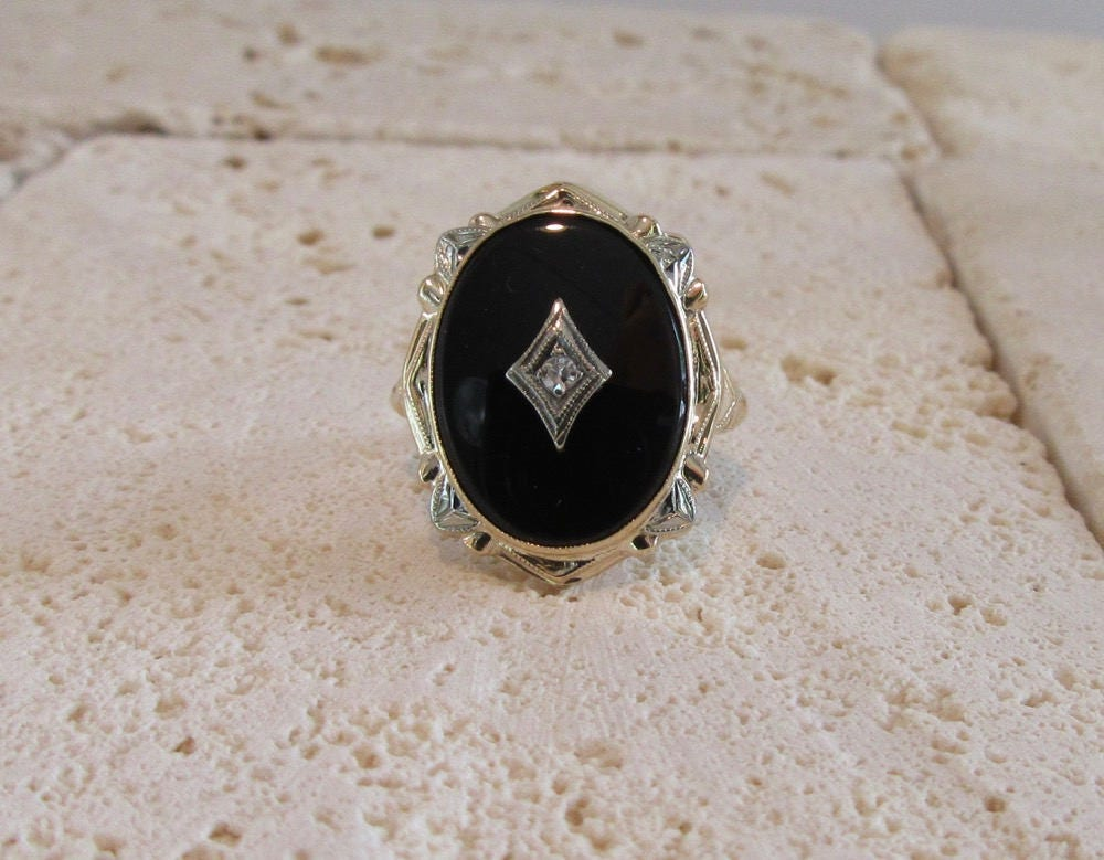White And Yellow Gold Black Onyx And Diamond Ring Vintage
