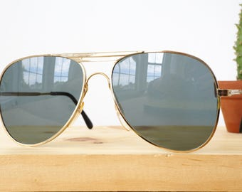 Vintage Aviator Sunglasses 1970's New Old Stock By Foster Grant Made in Taiwan Gold Toned With Grey Lens Unique design