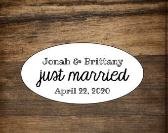 """Wedding favor labels, set of 27 personalized stickers. Oval, 2"""" x 1"""". Matte white or Kraft brown. Just Married envelope seal, favor sticker."""