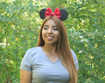 BERRY Bow Mouse Ears Headband.  Minnie Mouse Headband. Womens Headband. Teen Headband. Mouse Ears Headband. One Size Fits Most.