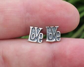 Cute Vintage 925 Sterling Silver Love Stud Earrings