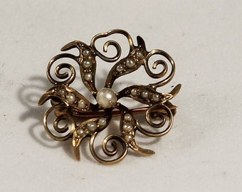 10K Yellow Gold Victorian Pearl Pinwheel Pin
