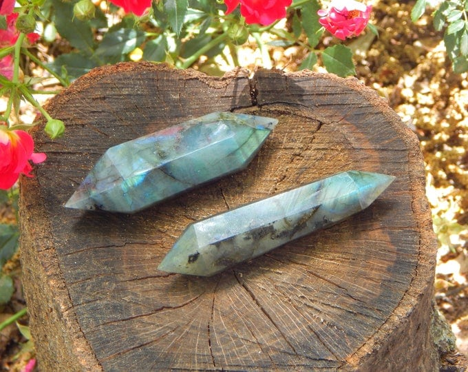 LABRADORITE Vogel Cut Wand - Double terminated natural gemstone - Reiki Wicca Pagan Energy-work Tool