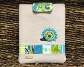 IPad Cover with crocheted hedgehog/magnetic snap/Linen/Cotton