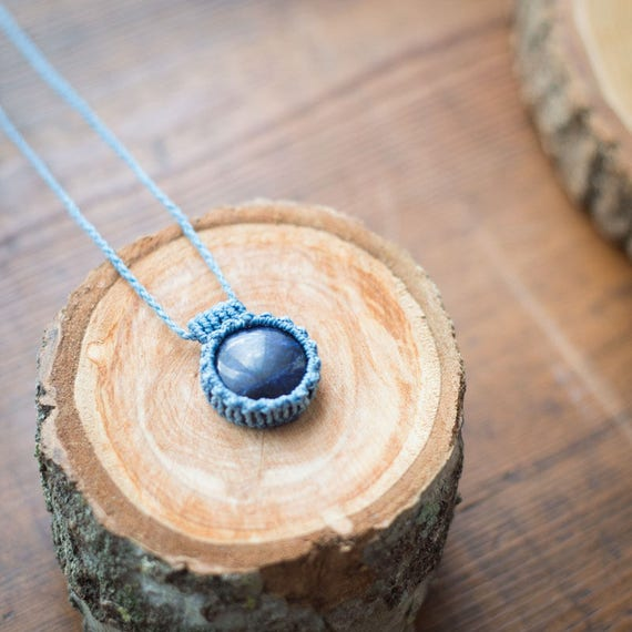 Small Mars Lapislazuli necklace