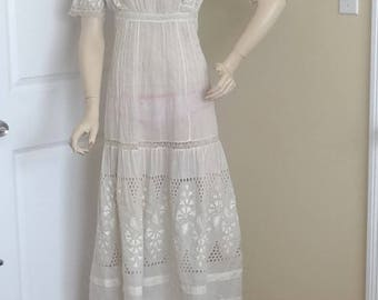 1920s Edwardian Antique Ivory Cotton Lace & Pin Tuck Dress, Size X-Small, Eyelet, Bobbin Lace, Embroidery, Museum Piece, Vintage Clothing