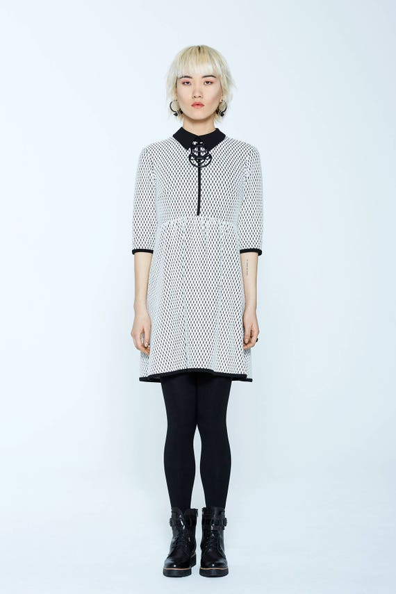 WHITE RUSSIAN - skater, flared dress with 3/4 sleeves et flat collar for womens - white with triangles print