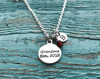 GRANDMA EST 2018, Silver Necklace, Grandma necklace, Grandma gift, Grandma Pendant, Gift for Grandma, New Grandma Gift, First time Grandma