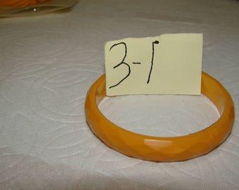 BB #3-I Carved Vintage Bakelite Bracelet