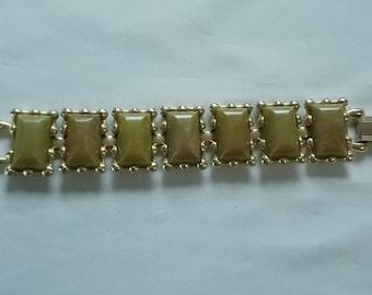 Coro. Gold Tone Seven Linked  Bracelet.  (643)