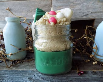Christmas Kitchen Scented Grubby Square 8 Ounce Mason Jar