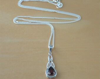 "925 Garnet Pendant & 18"" Silver Chain/Garnet Necklace/Red Garnet Jewellery/Garnet Jewelry/Garnet Jewelery/January Birthstone/Silver Garnet"