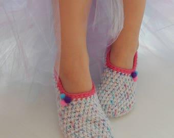 Women's Shoes Women's Slippers. Crochet Slippers. Knitted slippers. Women shoes. Home shoes. Gift for mom. Hand knit wool slipper socks