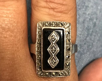 STUNNING Sterling Silver Marcasite Black Onyx Ring Size 9.25 NICE!