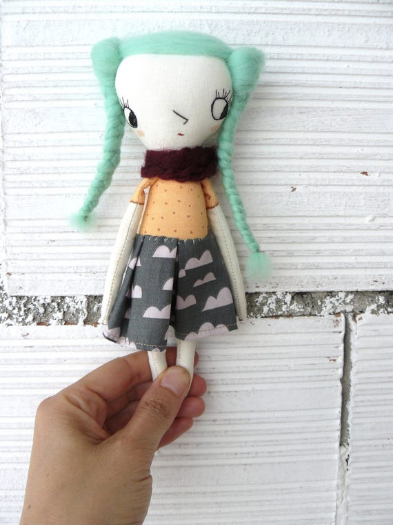 Tiny Art doll. Caty number 1. Embroidered and painted. Merino wool hair. Big eyes. 19 cm