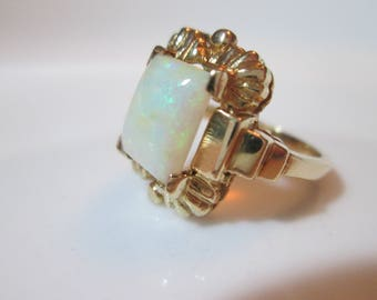 Art Deco Opal ring. 14k gold ring. Large Fire Opal gemstone. Detailed setting Solid 14k yellow gold. October birthstone. size 6.5 Beautiful!