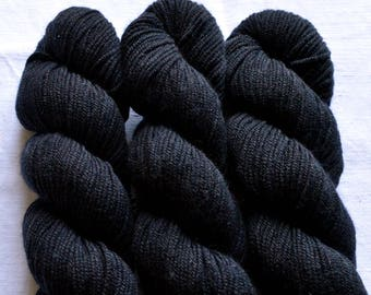 MERINO and silk sport weight dyed by hand with natural colors, 50g-140 m, black
