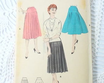 1960's Butterick 7291 Vintage Sewing Pattern- Women's Pleated and Flared Skirt Waist 30 inches UNCUT