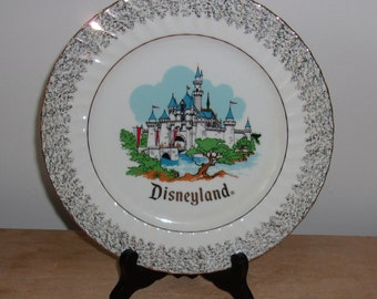 Vintage Disneyland Walt Disney World Cinderalla's Castle Collectible Plate Japan