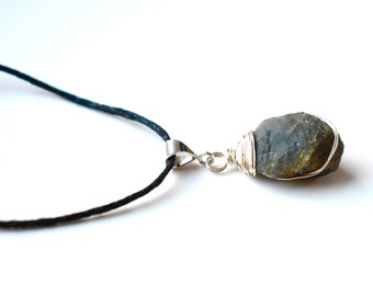 Raw Sapphire Necklace for Men, Raw Stone Pendant Necklace, September Birthstone Mens Jewelry Gift, Sterling Silver Raw Crystal Necklace