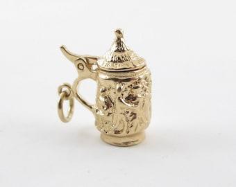 Vintage 14k Yellow Gold 3D Moveble German Stein Beer Mug Charm