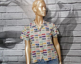 Novelty print shirt, US car plates print top, short sleeve Liz Claiborne blouse, grunge hipster preppy shirt
