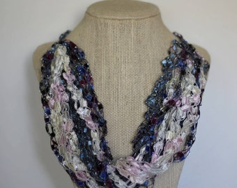 Ladder Yarn / Trellis Yarn Necklace - Blueberries & Cream - Multi-strand Necklace - Fiber Art Jewelry  - Light-weight Jewelry - Gift for Her