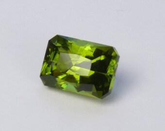 USA cut Peridot Faceted gemstone Natural Peridot from San Carlos reservation loose Peridot jewelry focal stone Chrysolite gem Olivine gem