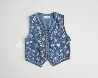 floral denim vest | embroidered vest | 90s vest