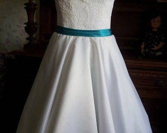 Vintage Inspired Wedding Dress in style of Audrey Hepburn 1950 with Tea Length Skirt, Illusion Neckline, Lace Corset, V Shaped Back Cutout