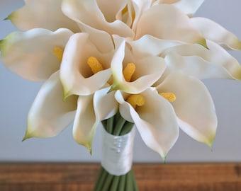 Ivory brides Calla Lily bouquet